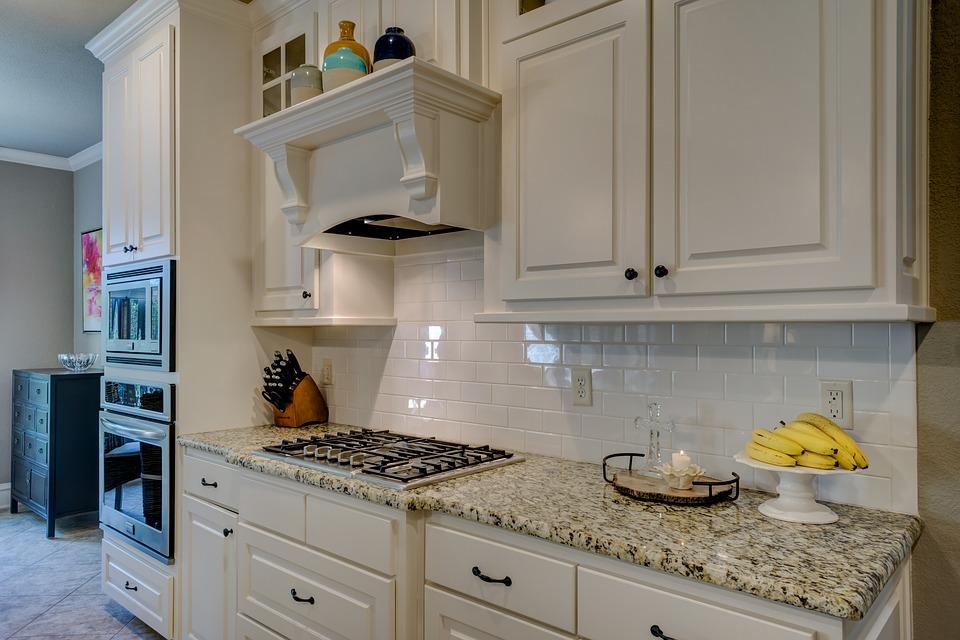 5 tips to finding the best kitchen backsplash for your needs rh universalmgranite net Glass Tile Kitchen Backsplash Ideas French Country Kitchen Backsplash Ideas